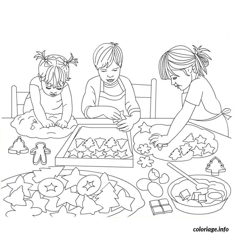 Coloriage Enfants Cuisinent Gateaux Noel Dessin