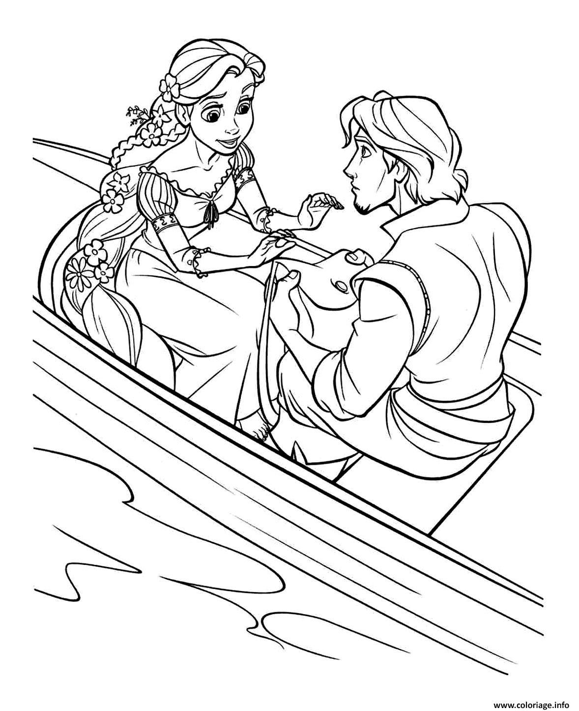 Coloriage son prince flynn lui offre un sac a main - Princesse raiponce a colorier ...