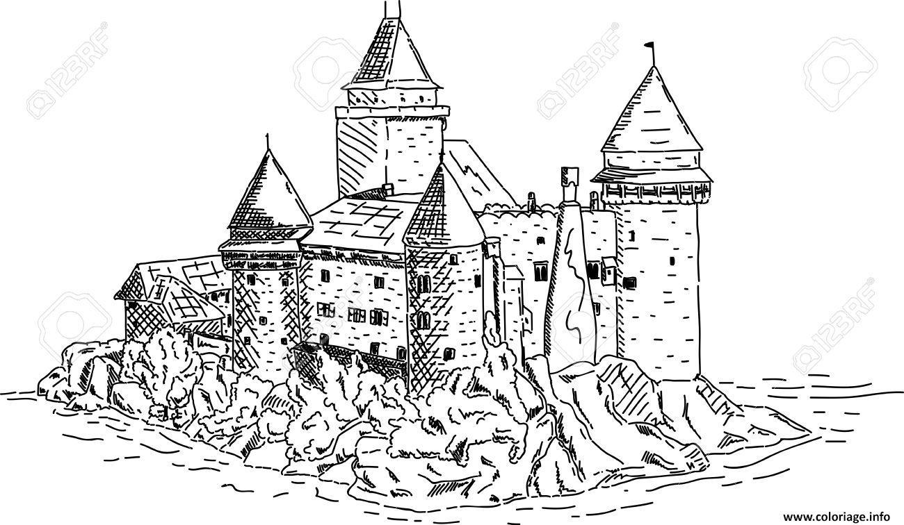 Coloriage Chateau Fort Du Moyen Age Pres De La Mer Dessin