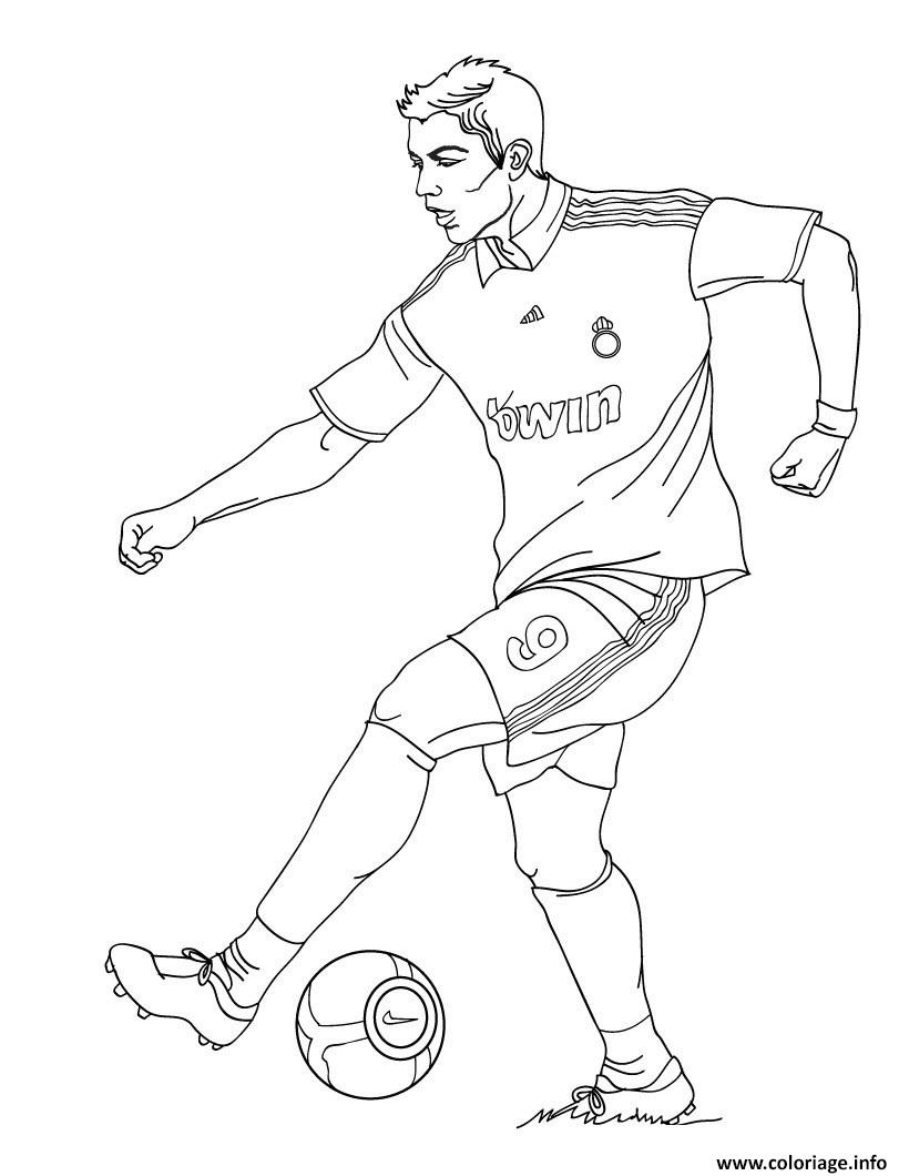 Coloriage cristiano ronaldo joueur de foot real madrid dessin - Image de joueur de foot a imprimer ...