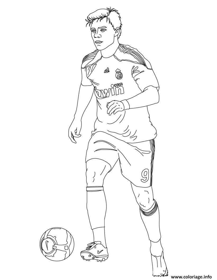 Coloriage football xabi joueur de foot real madrid - Coloriage a imprimer foot ...