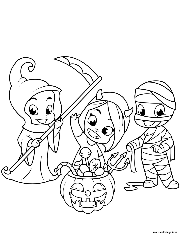 Coloriage Enfants Deguises Pour Halloween Friandises