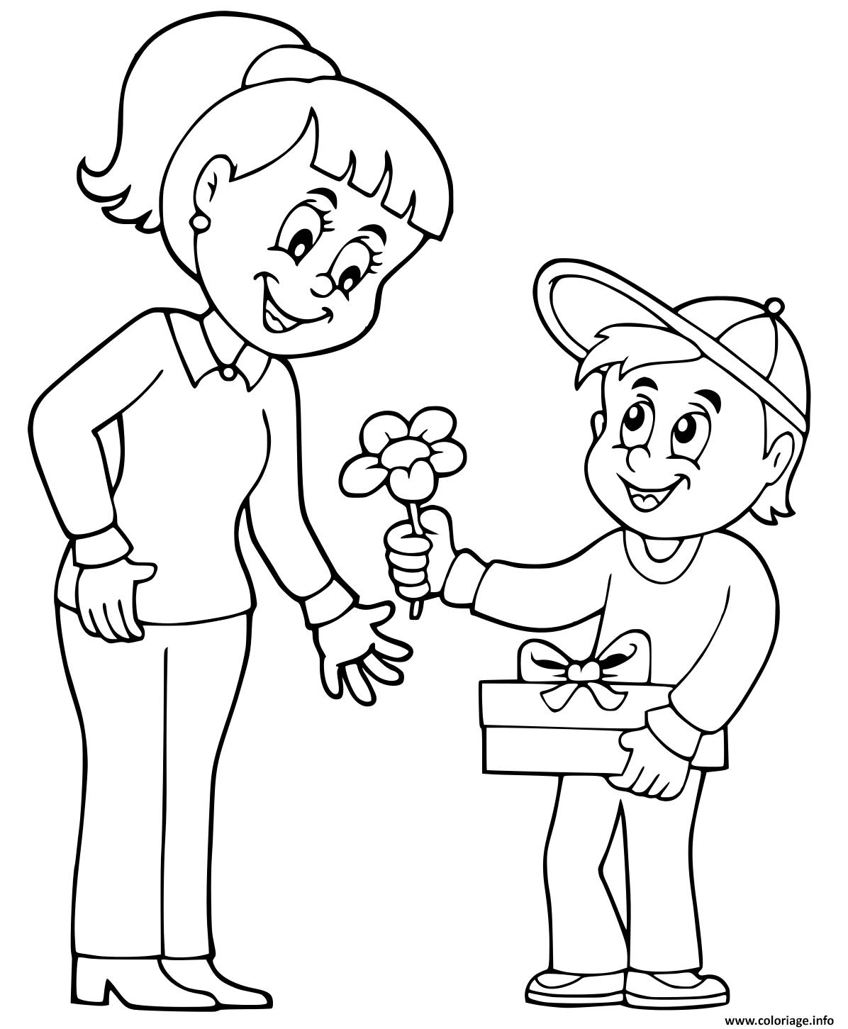 Dessin fete des meres garcon offre des fleurs Coloriage Gratuit à Imprimer