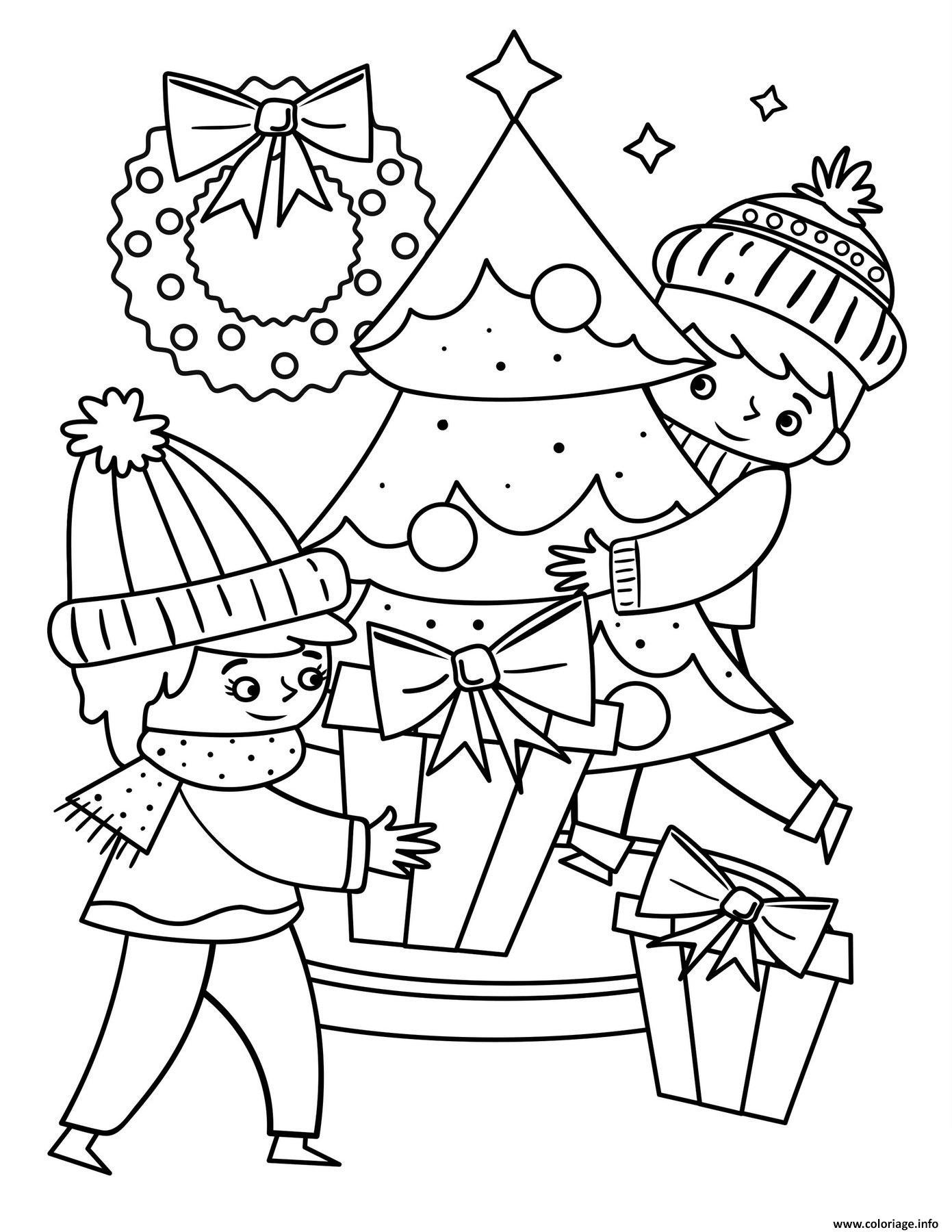 Dessin les enfants autour du sapin de noel avec des cadeaux Coloriage Gratuit à Imprimer