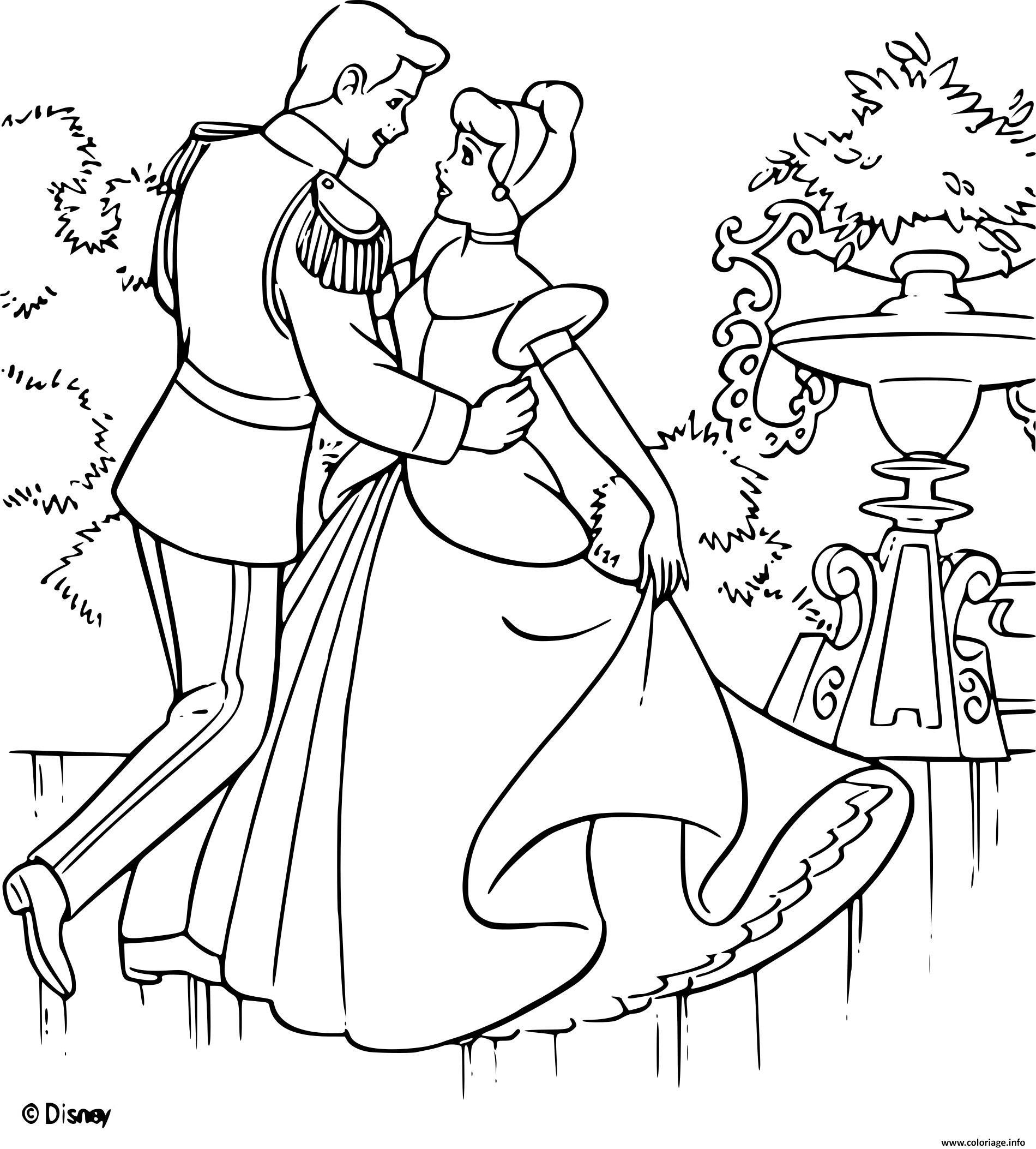 Dessin cendrillon 2 une vie de princesse disney Coloriage Gratuit à Imprimer