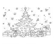 arbre de noel et ses cadeaux dessin à colorier