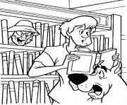 Scoubidou et Sammy avec un livre dessin à colorier