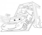 flash mcqueen sortie de camion dessin à colorier
