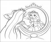Rapunzel Raiponce se regarde au miroire dessin à colorier