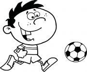 petit enfant joue au foot dessin à colorier