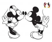 Coloriage disney bisou mickey et minnie4