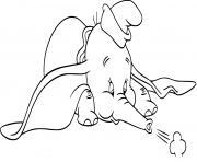 dumbo elephant avec des oreilles surdimensionnees dessin à colorier