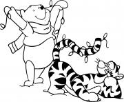 Pooh and Tigger Christmas lights dessin à colorier