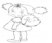 Mei Kusakabe avec son sac a dos Totoro dessin à colorier