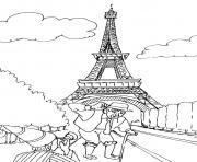 touriste devant la tour eiffel dessin à colorier