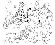 winnie the pooh et tigrou porcinet ramassent les feuilles citrouilles pommes dessin à colorier